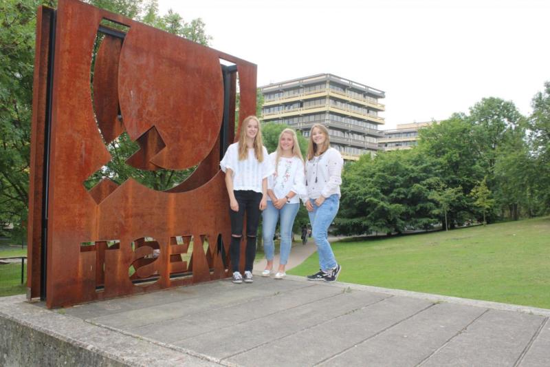 Lea (Q2 2017/18) gewinnt Fachpreis der Ruhr-Uni mit ihrer Biologie-Facharbeit